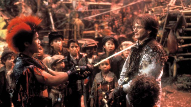 Hook Year: 1991 USA Director: Steven Spielberg Dante Basco, Robin Williams. Image shot 2002. Exact date unknown.